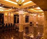 جذب نیرو در رستوران بزرگ در منطقه ازاد