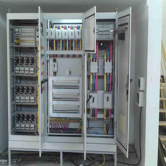 کارشناسان فروش تجهیزات برق صنعتی