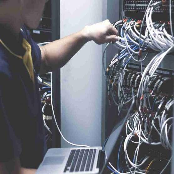 پیاده سازی شبکه ، سیستم های مخابراتی و امنیتی